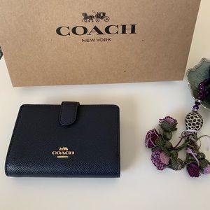 Coach wallet Corner Zip Leather Midnight blue